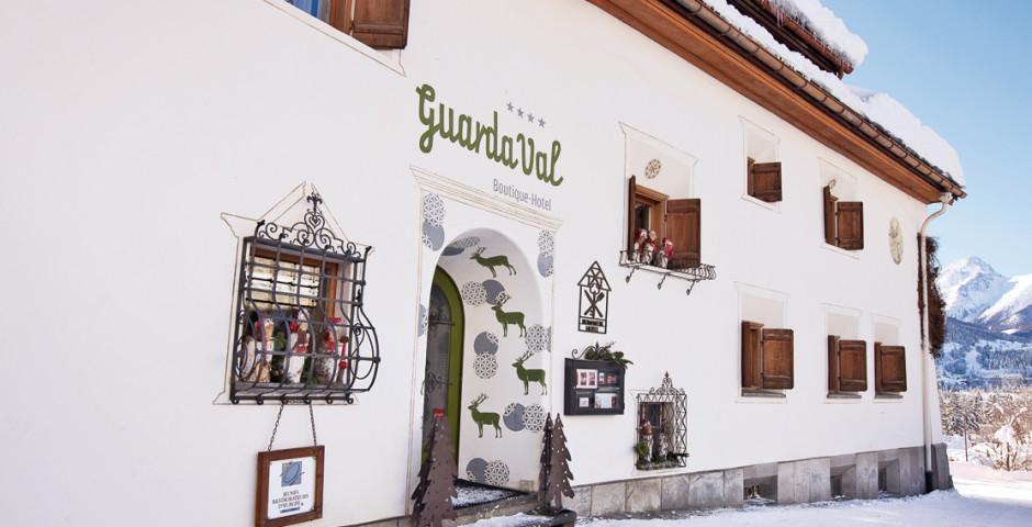 Romantik und Boutique-Hotel GuardaVal (inkl. Skipass (Wi) / Bergbahnen (So) und Bad Scuol)