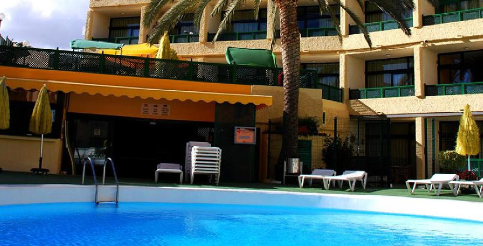 Las Dunas Apartments