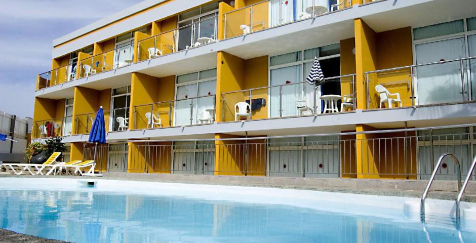 Apartamentos Karina