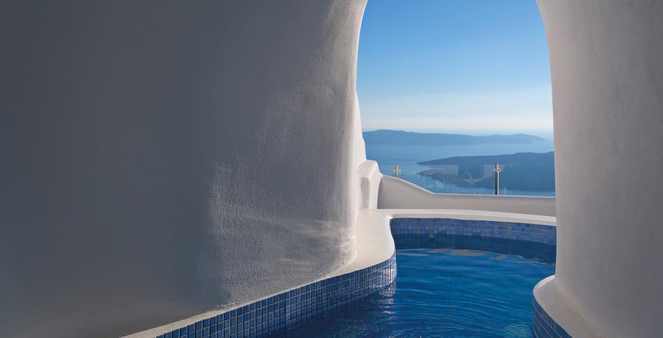 Executive Plunge Pool Suite - Pegasus Suites & Spa