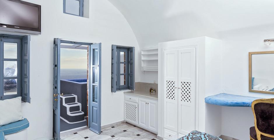 Junior Jacuzzi Suite - Pegasus Suites & Spa