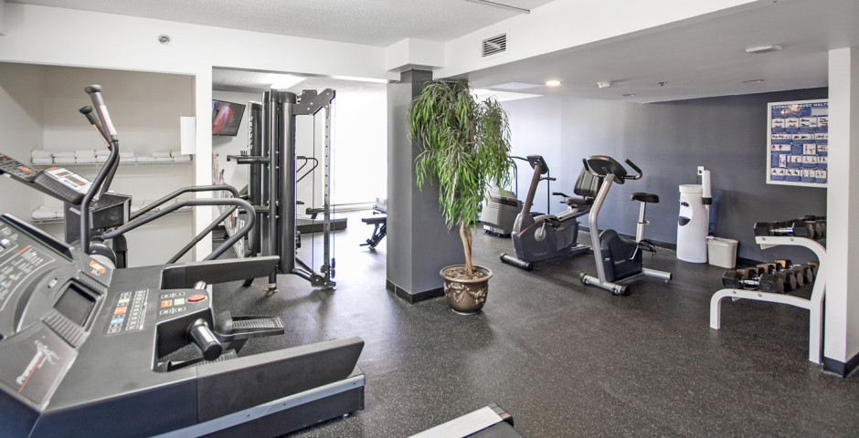 Fitnessraum - Hotel Faubourg Montreal
