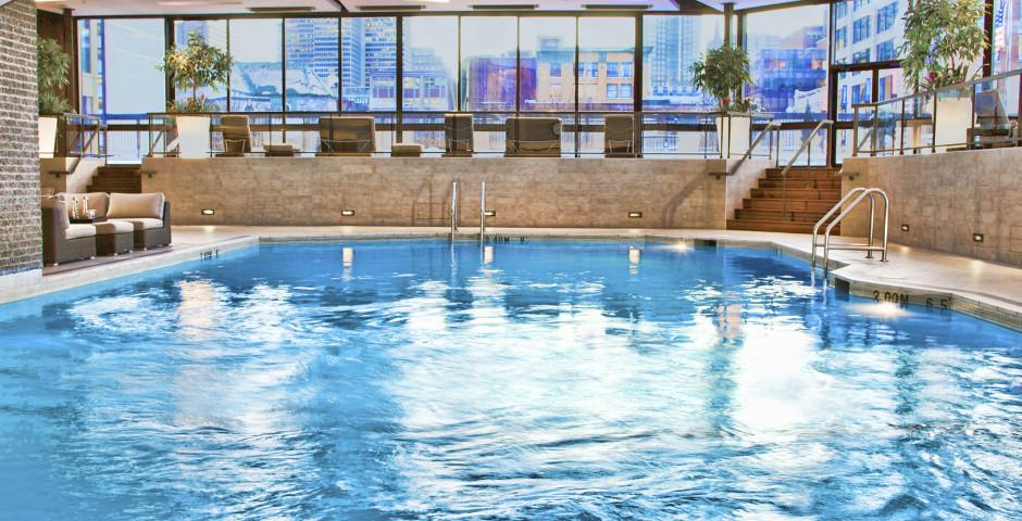 Pool - Hyatt Regency Montreal