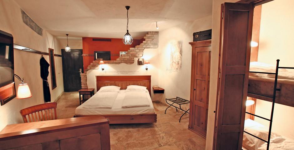 Standardzimmer - Erlebnishotel Santa Isabel - inkl. Eintrittstickets in den Europa-Park
