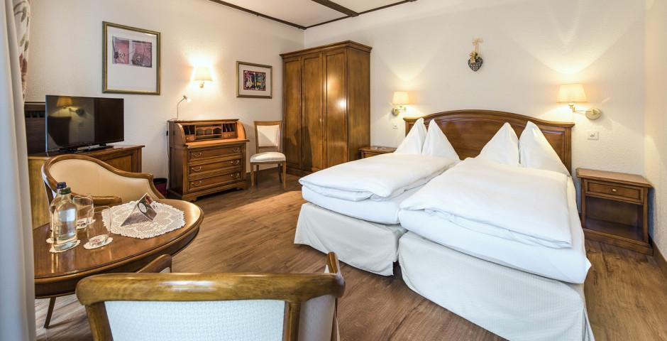 Doppelzimmer Superior - Sunstar Hotel Saas-Fee - Sommer inkl. Bergbahnen