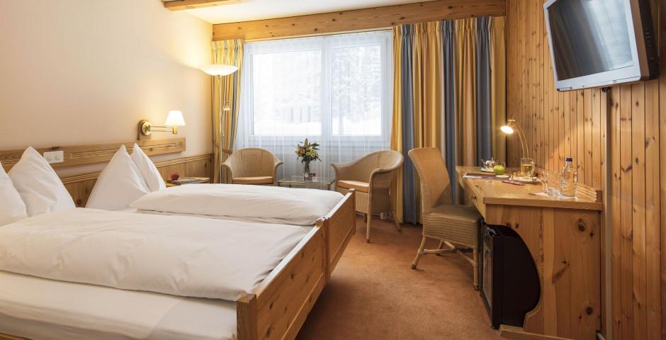 Doppelzimmer - Sunstar Hotel Davos - Sommer inkl. Bergbahnen