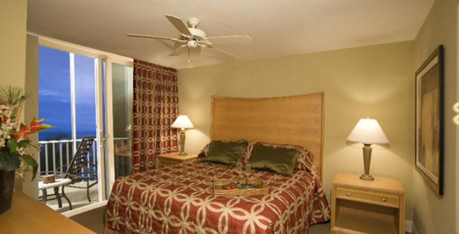 DiamondHead Beach Resort & Spa