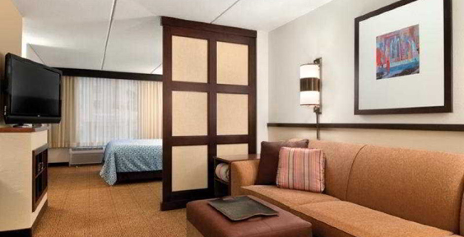 Hyatt Place Fort Lauderdale Airport & Cruise Port