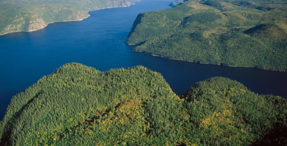 Saguenay Fjord - Quebec Stadt