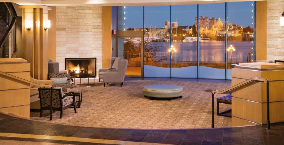 Lobby - Delta Victoria Ocean Pointe Resort & Spa