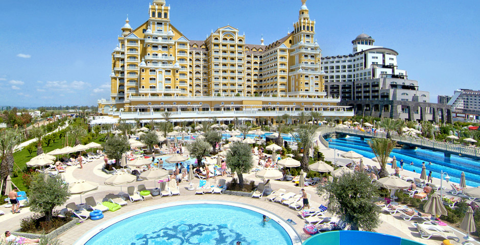 Royal Holiday Palace Hotel