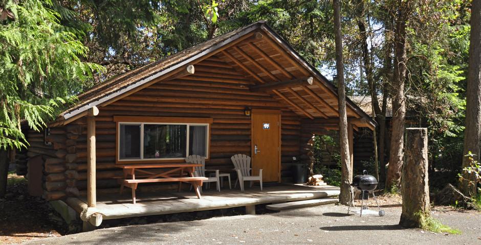 Cabin - Tigh-Na-Mara Seaside Spa Resort