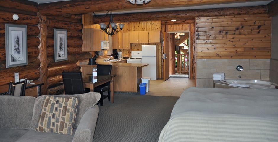 Oceanview Studio - Tigh-Na-Mara Seaside Spa Resort