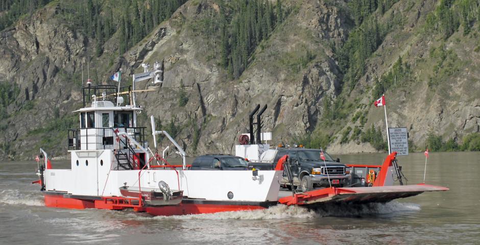 Fähre nach Dawson City - Yukon