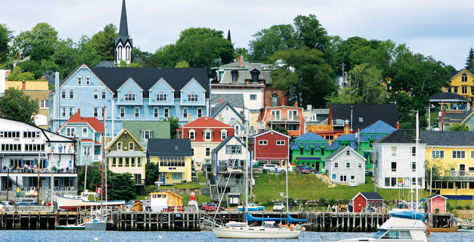 Lunenburg - Halifax