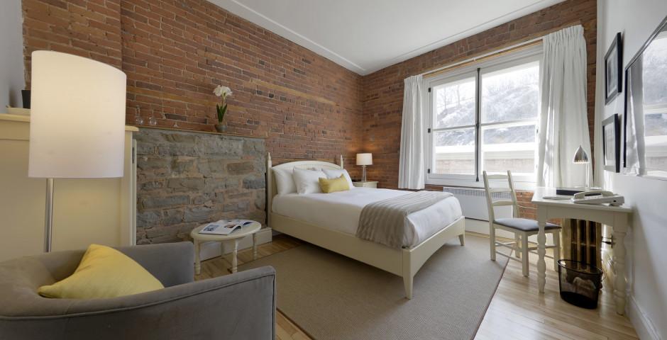 Classic Queen Room - Le Saint Pierre