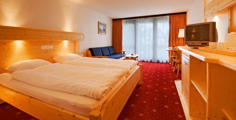 Doppelzimmer Süd Superior - Club-Hotel Davos - Sommer inkl. Bergbahnen