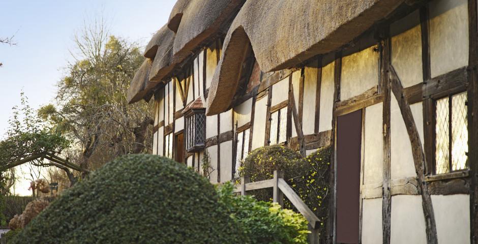 Anne Hathaway's Cottage - Birmingham & Surrounding