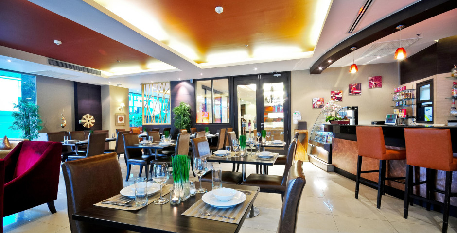 Admiral Premier Sukhumvit by Compass Hospitality
