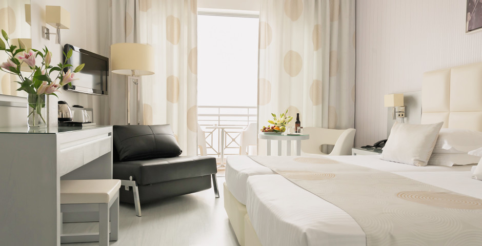 Doppelzimmer Superior - St. George Spa & Beach Resort