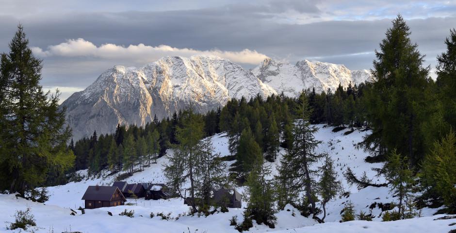 Sicht von Tauplitz auf den Berg Grimming - Bad Mitterndorf