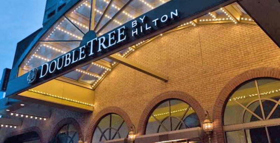 DoubleTree by Hilton Toronto Downtown