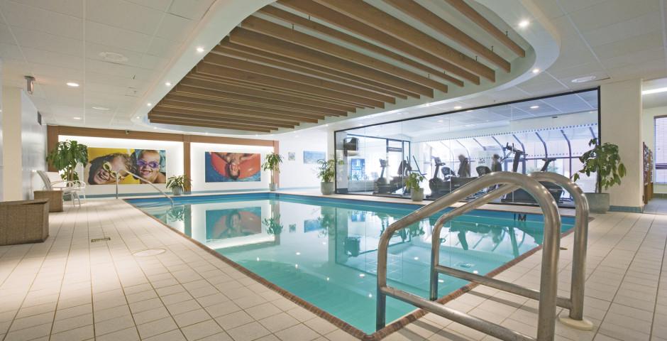 Pool - Delta Halifax