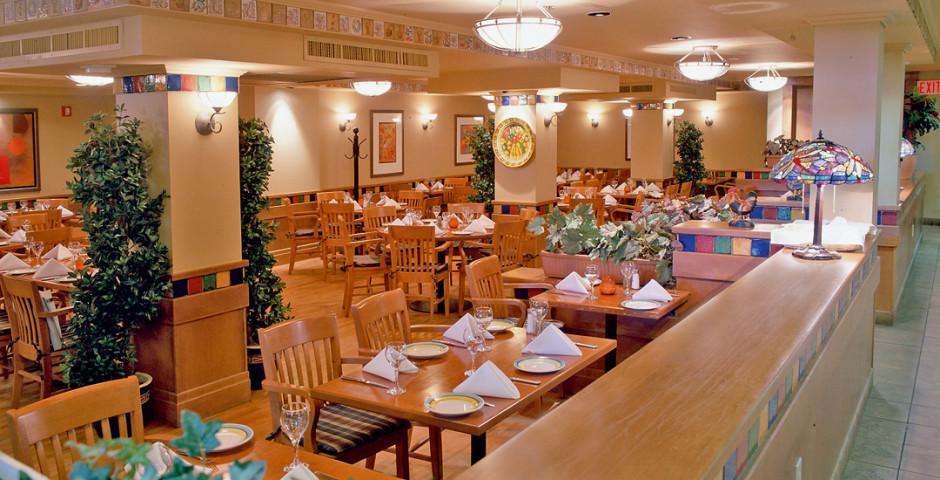 Restaurant - Banff Ptarmigan Inn