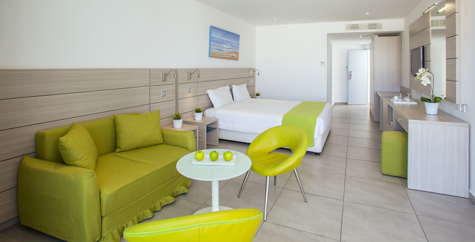 Familien Junior Suite - Limanaki Beach Hotel
