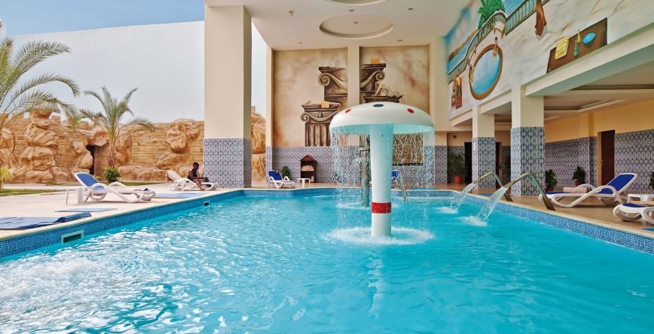 Titanic Beach Hurghada