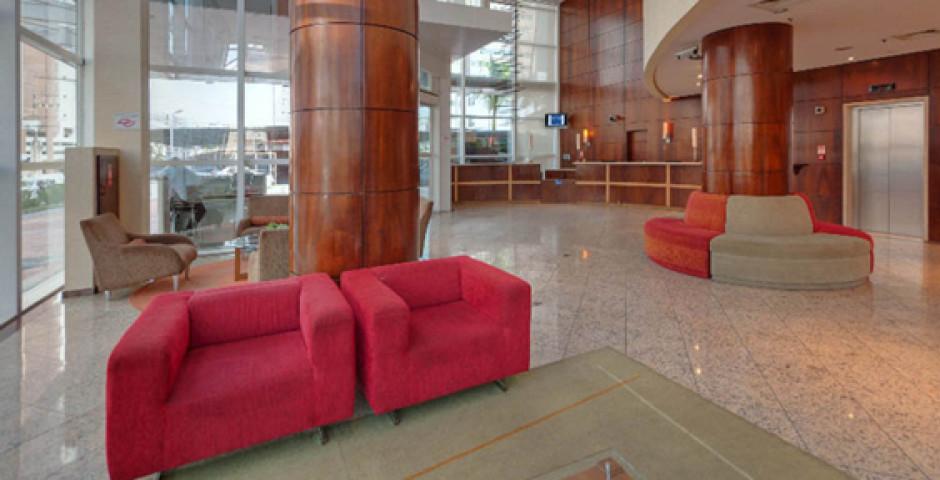 Tryp Nacoes Unidas Hotel