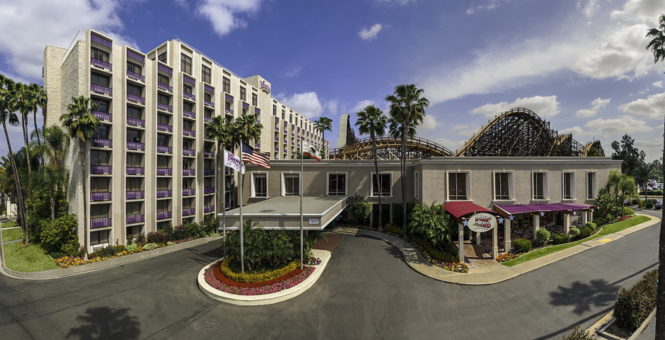 Knotts Berry Farm Resort Hotel