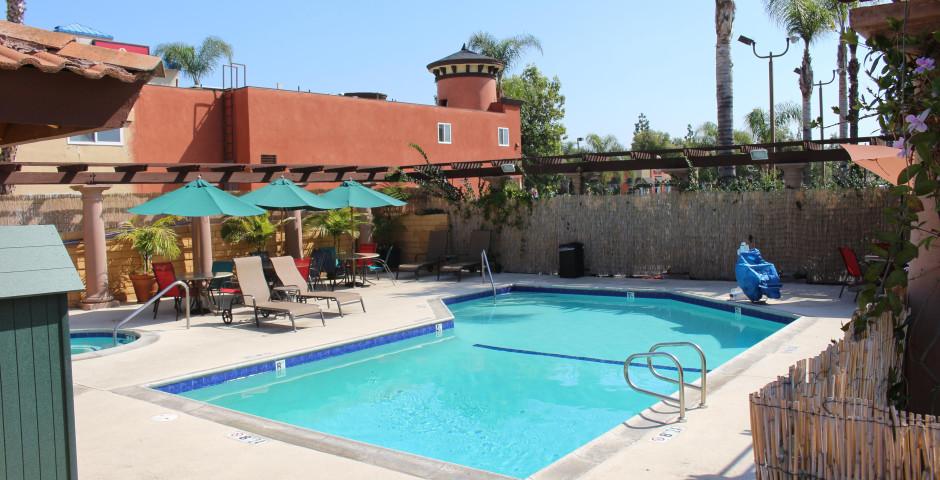 Stanford Inn & Suites Anaheim