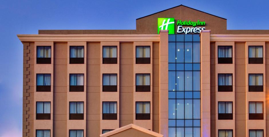 Holiday Inn Express Los Angeles Airport