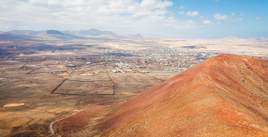Blick vom Vulkan Calderon Hondo nach Lajares - Lajares