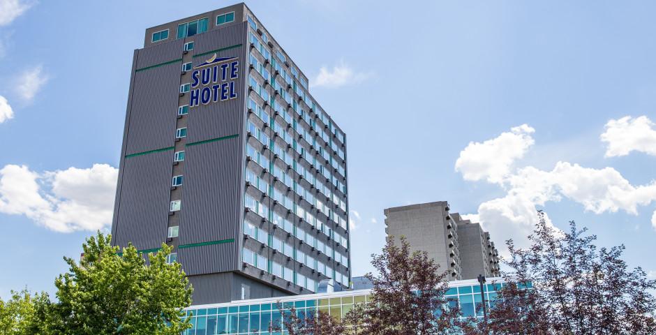 Campus Tower Suite Hotel