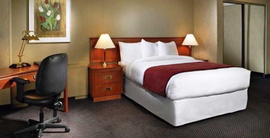 Coast Edmonton Plaza Hotel