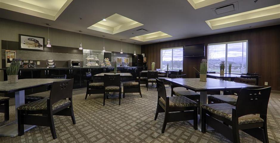 Best Western Plus Wine Country Hotel & Suites