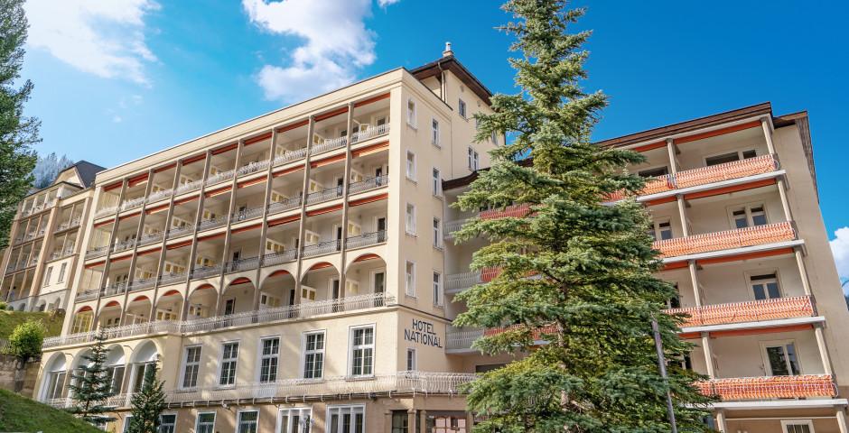 Hotel National Davos - Sommer inkl. Bergbahnen*