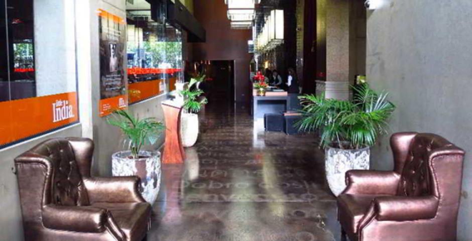 Waldorf Celestion Apartment Hotel