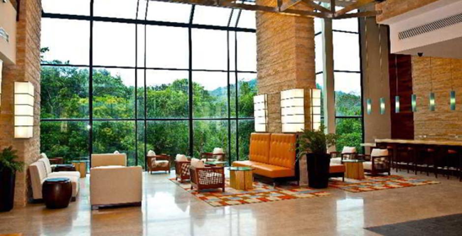 Radisson Summit & Golf Panama