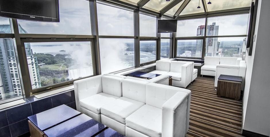 Myst Lounge - Hilton Hotel & Suites Fallsview