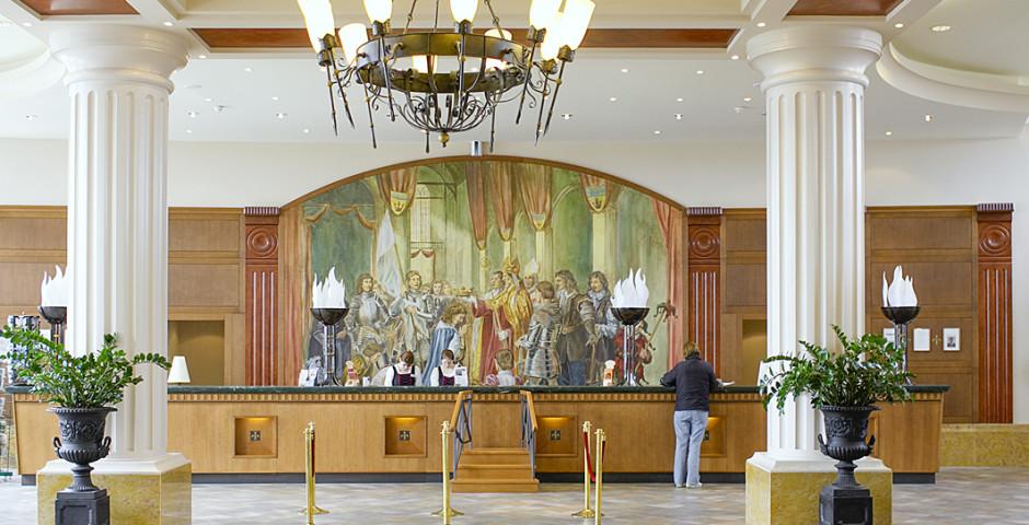 Vienna International Dream Castle Hotel