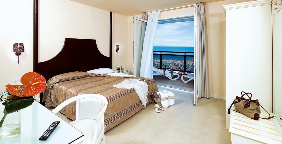 Baia del Mar Suite Hotel