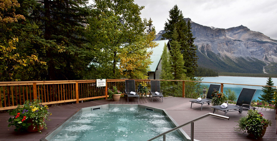 Emerald Lake Lodge