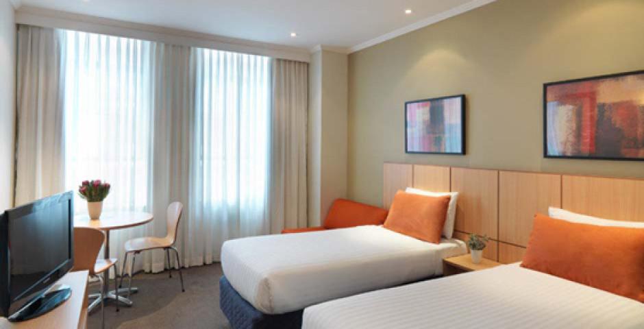Travelodge Phillip Street Sydney City Hotel