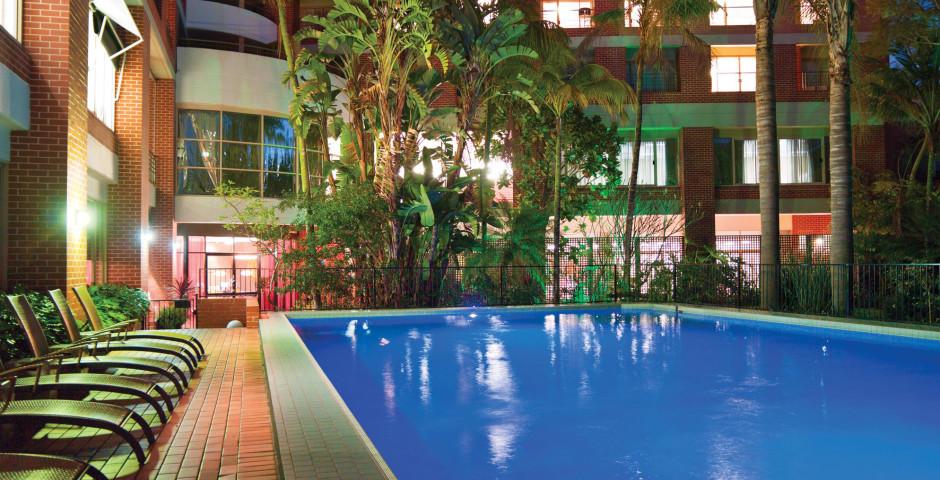 Adina Apartment Hotel Sydney, Crown Street