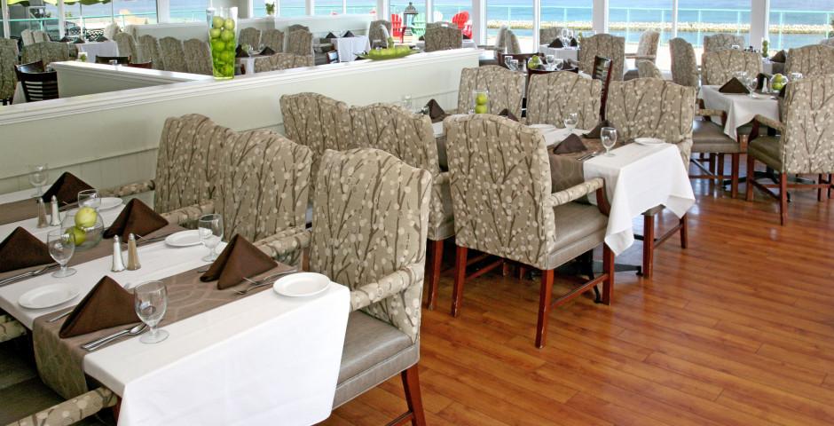 Restaurant - Atlantica Hotel & Marina Oak Island