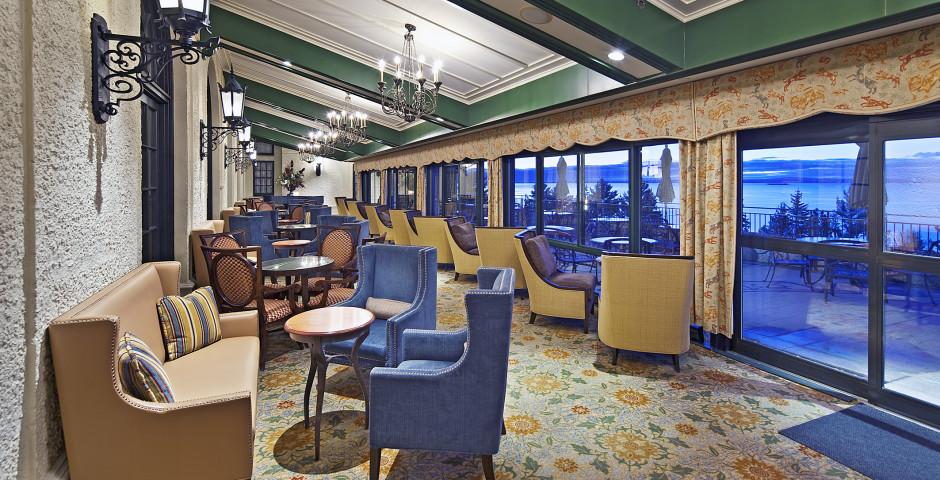 Bar-Lounge Verriere - Fairmont Le Manoir Richelieu