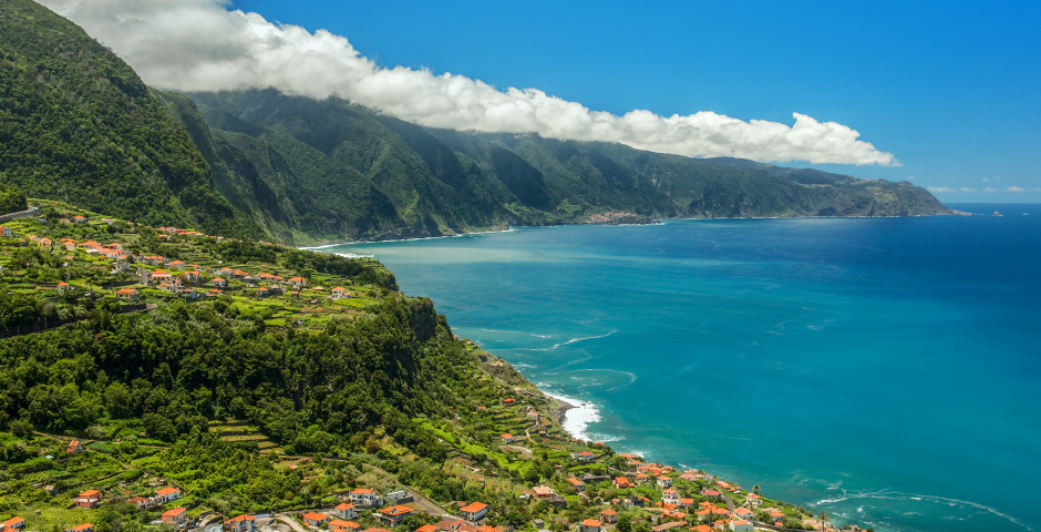 Ponta Delgada - Mietwagenrundreise Bougainvillea